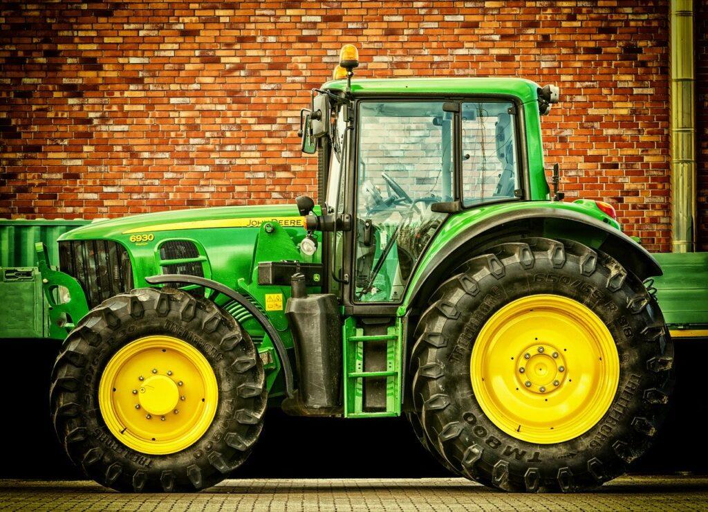 Dobre szyby w maszynach rolniczych to gwarancja bezpiecznej pracy
