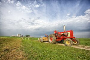 Chłodnica w traktorze - jakie ma zadania?