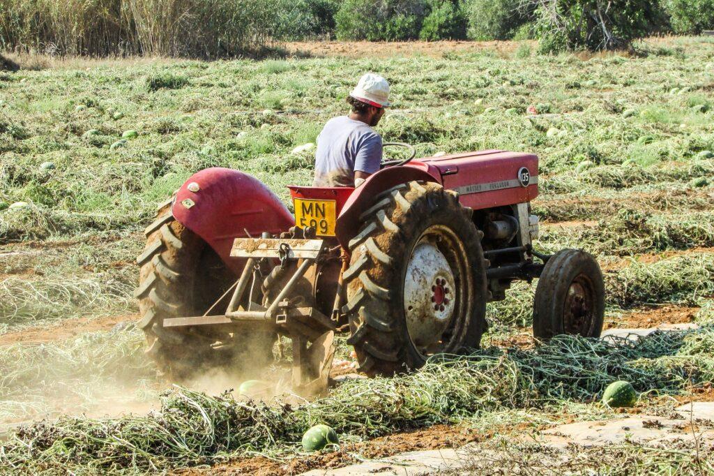 Rolniku dbaj o zdrowie! Wybieramy siedzenie do ciągnika